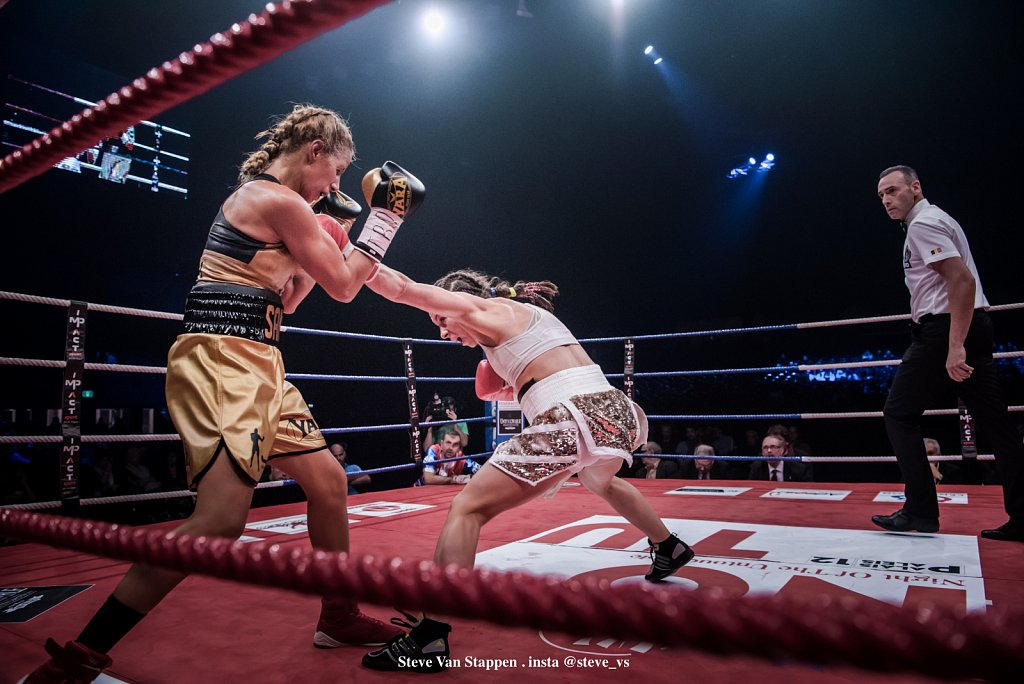 boxe-21-STEVE-VAN-STAPPEN-copyright-exclusive-rightjpgjpg.jpg