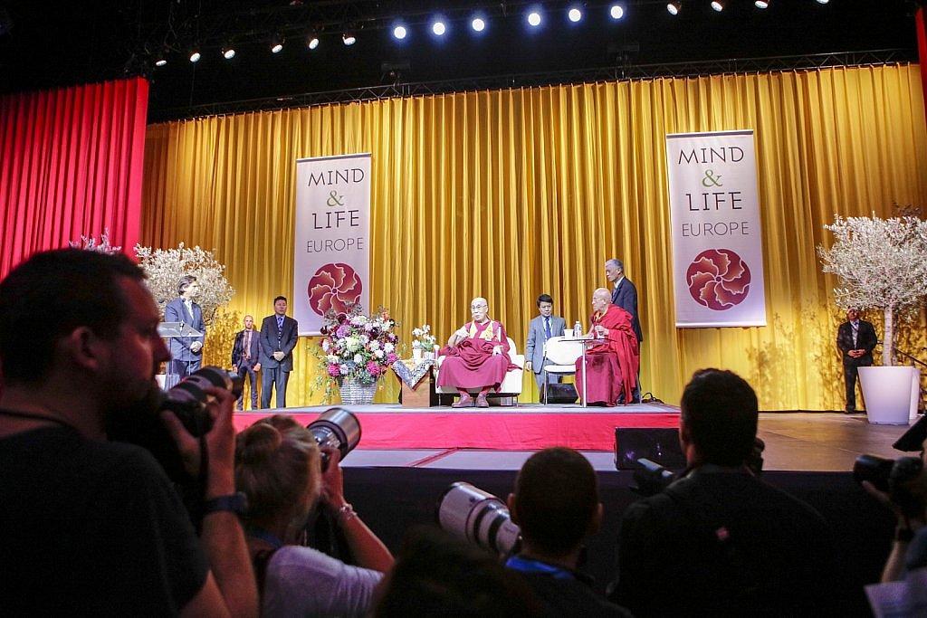 dalai-lama-1609-IV-0728large1518693984.jpg