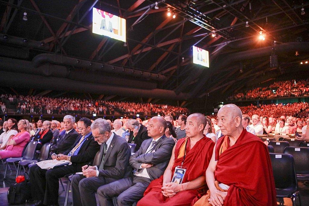 dalai-lama-1609-IV-0789large1518694041.jpg