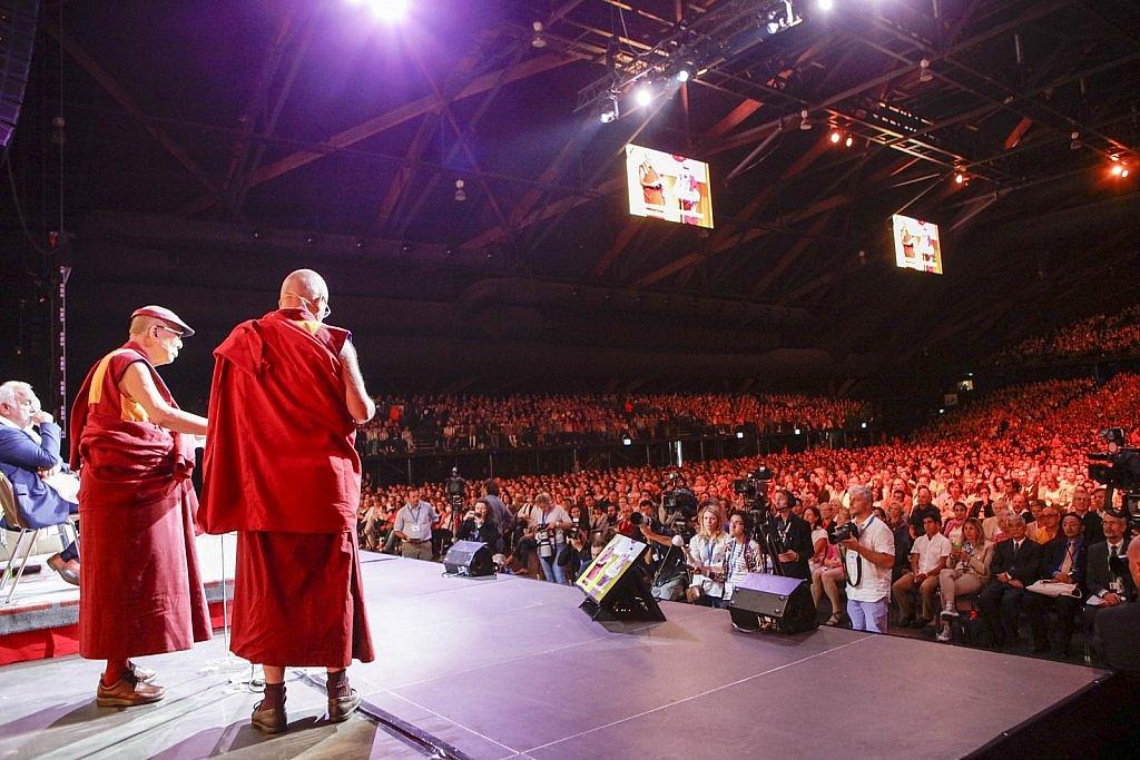 dalai-lama-1609-IV-0827large1518694090.jpg