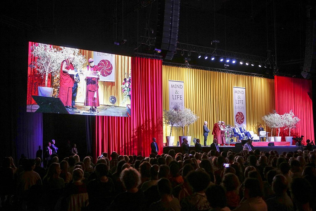 dalai-lama-1609-IV-0840large1518694111.jpg