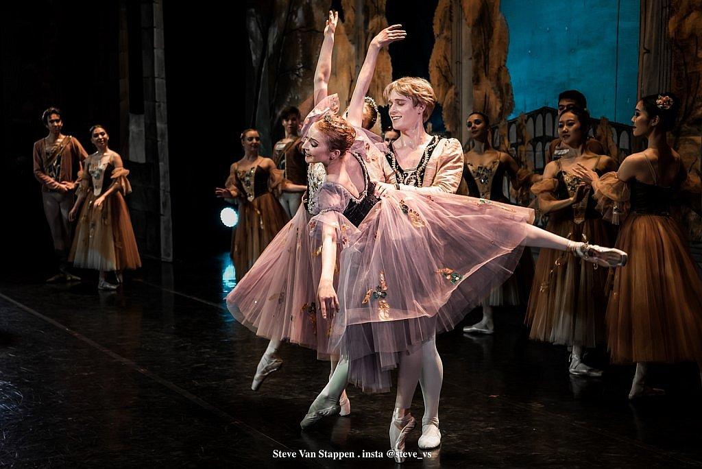 Moscow-City-Ballet-8-STEVE-VAN-STAPPEN-copyright-exclusive-rightjpgjpglarge1543828744.jpg
