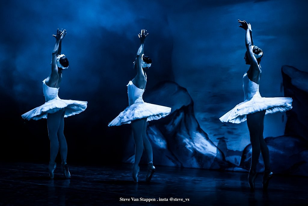 Moscow-City-Ballet-13-STEVE-VAN-STAPPEN-copyright-exclusive-rightjpgjpglarge1543828757.jpg